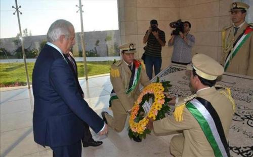 Sigrido Reyes en Palestina