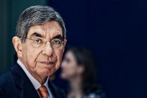 Oscar Arias es expresidente de Costa Rica