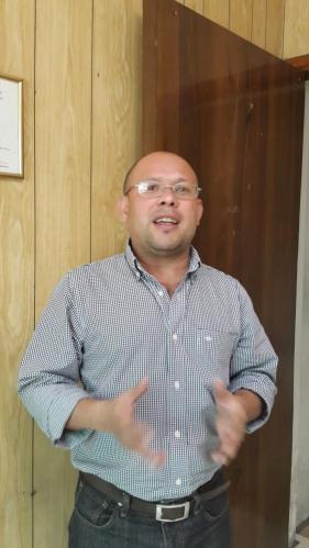 Roberto Soriano, de ATP, aseguró que el viceministro de Transporte, Nelson García, está ayudando a crear un monopolio en el sistema de transporte público, en el que se beneficia a un grupo de empresas, que él vincula con Alba Petróleos. Foto EDH / Archivo
