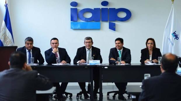 La audiencia en el Insituto de Acceso a la Información Pública (IAIP) en la que El Diario de Hoy solicita información a la Corte de Cuentas sobre el... | Foto por William Martínez