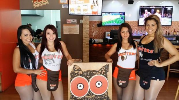 Photo from the Hooters' El Salvador Facebook page, which has since been removed from the internet