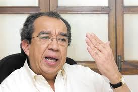 Edmundo Jarquín candidato a presidente por el MRS, en el 2006. El cantautor Carlos Mejía Godoy fue su compañero de fórmula.