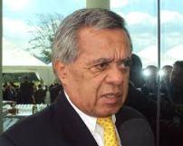 Mauricio Vargas, general retirado y diputado