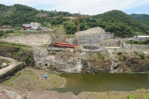 La construcción de la presa hidroeléctrica El Chaparral será más cara de lo que se había proyectado inicialmente.