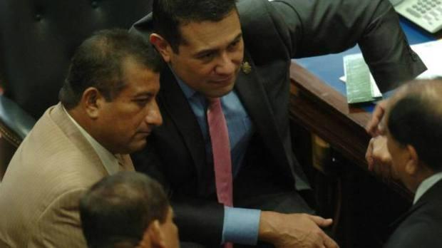 A la izquierda, Jesús Grande y Rigoberto Soto, dos diputados tránsfugas. Foto EDH / Jorge reyes
