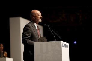 Arturo Pérez Reverte durante su discurso.