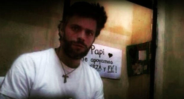 Leopoldo López en su celda en el penal militar Ramo Verde