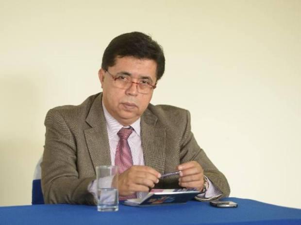 El secretario Técnico de la Presidencia, Roberto Lorenzana.