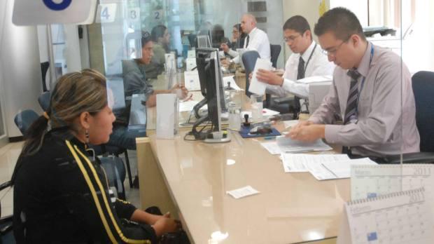 Las pensiones de los actuales jubilados se pagan con las cotizaciones de los trabajadores que aportan a las AFP. | Foto por Archivo