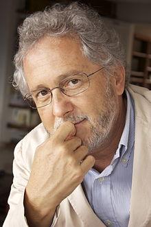 Héctor Abad, escritor y periodista colombiano.