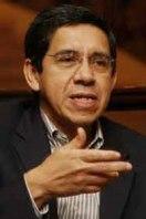 Joaquín Villalobos, fue jefe del ERP y miembro de la Comandancia General del FMLN durante la guerra