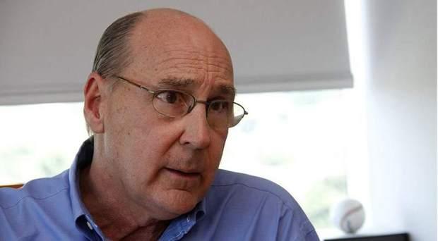 Antonio Lacayo, ex-mi istro de presidencia en el gobierno de Violeta Chamorro; empresario, cuñado del autor. Falleció en un accidente aéreo.