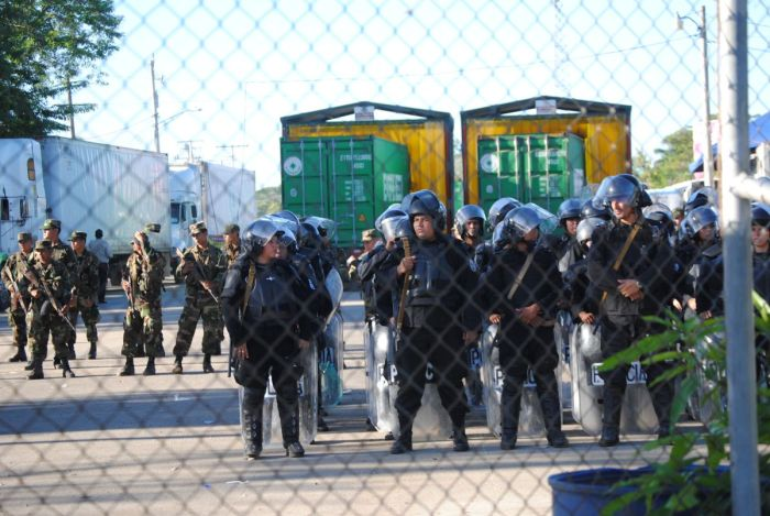 Riot police and soldiers show Nicaragua means business