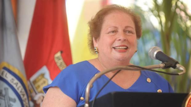 Mari Carmen Aponte, embajadora de Estados Unidos