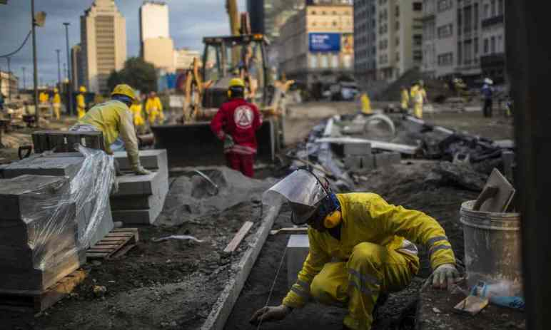 Ongoing preparation at Porto Maravilha ahead of the Olympics. Photograph: Bloomberg via Getty