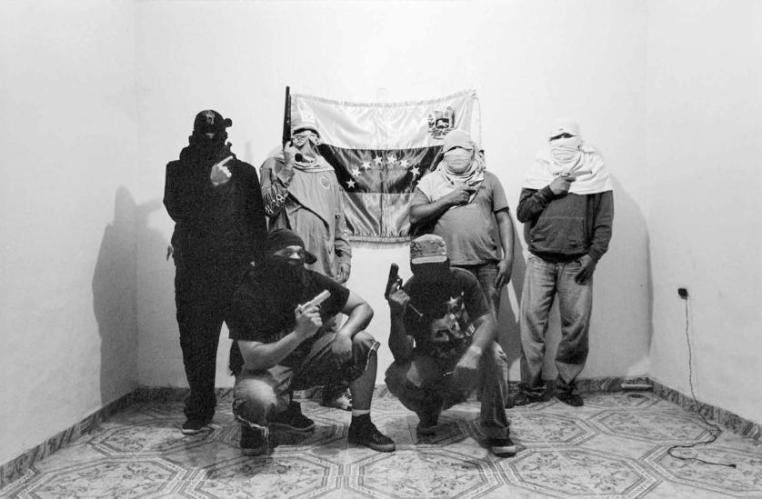"""Uno de los cientos de """"colectivos armadas"""", creados como """"guerdianes de la revolución"""", ahora bandas criminales"""