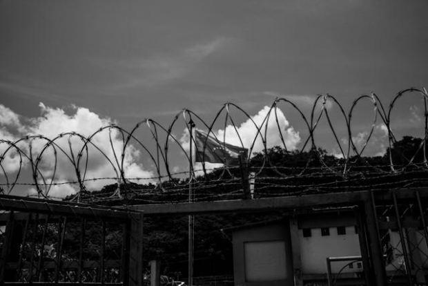 Fotografía de la serie 'Nuestra guerra invisible' de Alejandro Cegarra