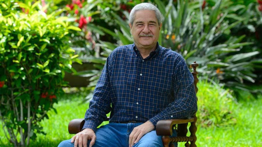 Salvador-Samayoa