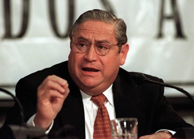 Salvador_Obit_Ex-President_71230-a002a.jpg